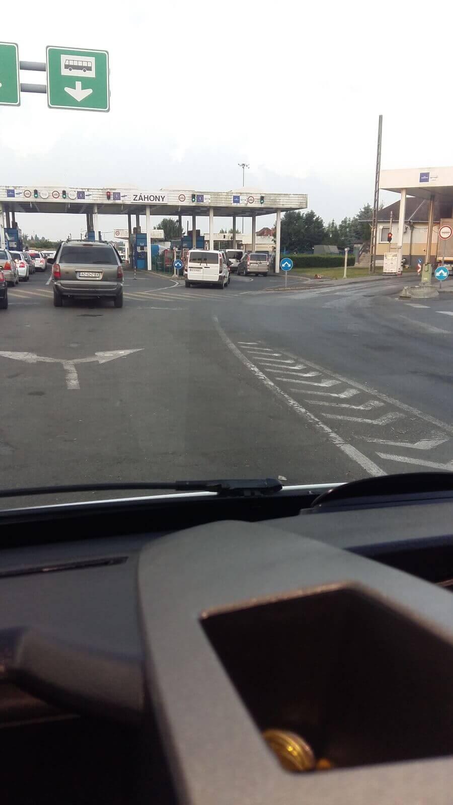 Грузоперевозки-в-дороге